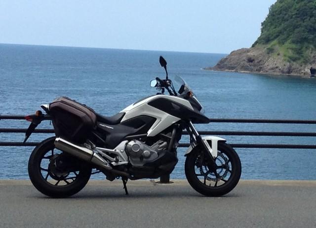 ホンダNC700Xのレビュー/口コミ/長所/短所/新車/価格【愛車インプレ】