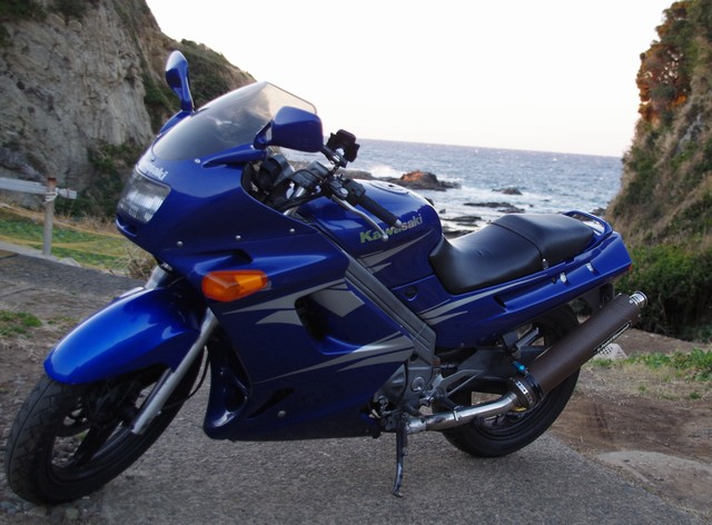 カワサキ ZZR250を「近くのバイク屋さん」で査定・売却した体験談・口コミ