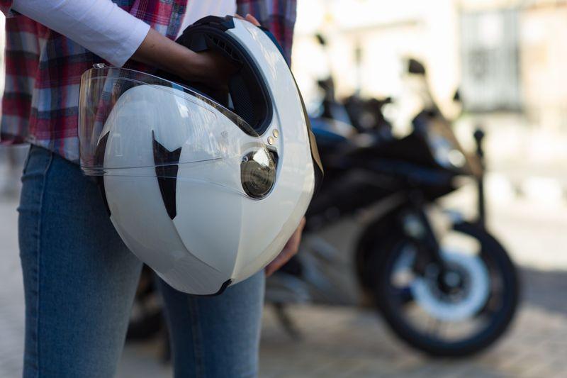 バイクで音楽!ヘルメットスピーカーの選び方・おすすめ13選