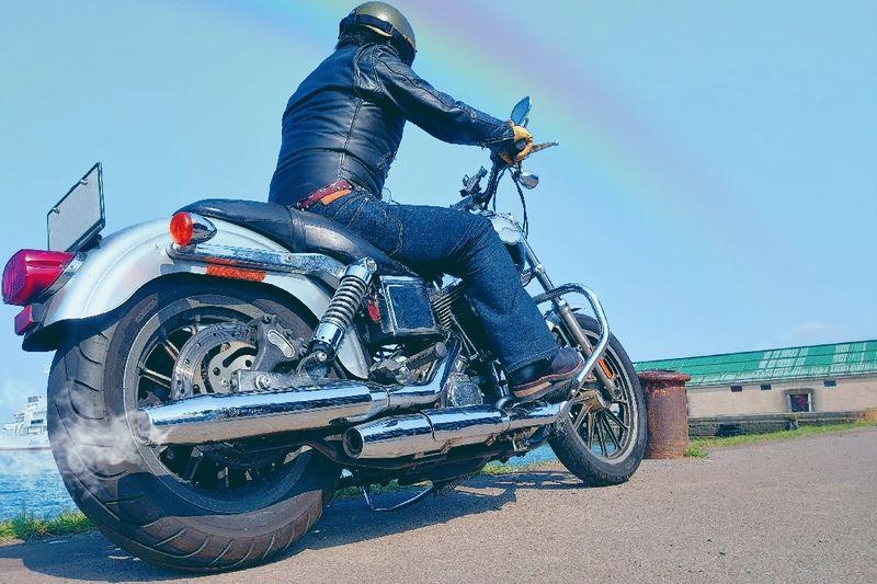 バイク用ジーンズは安全でおしゃれ!選び方とおすすめ5着!